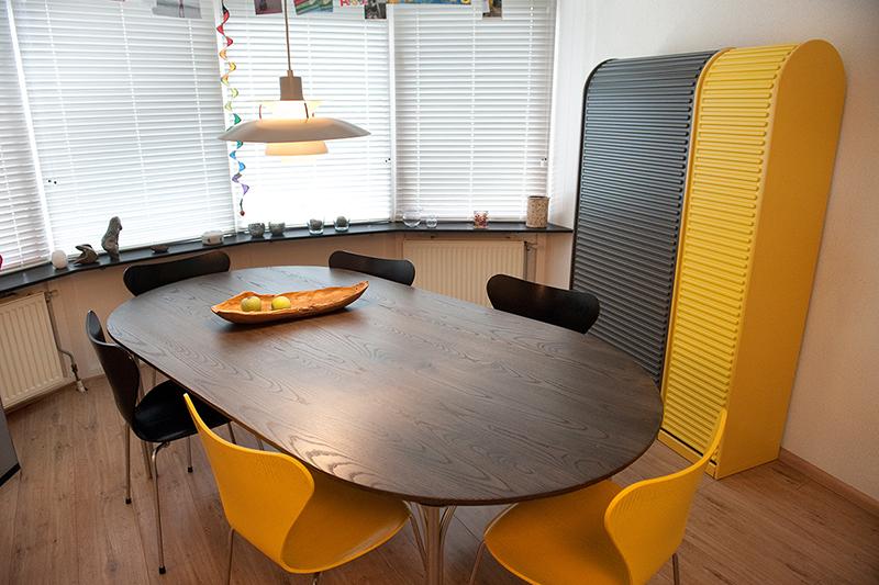 Nieuw massief tafelblad passend in de ruimte